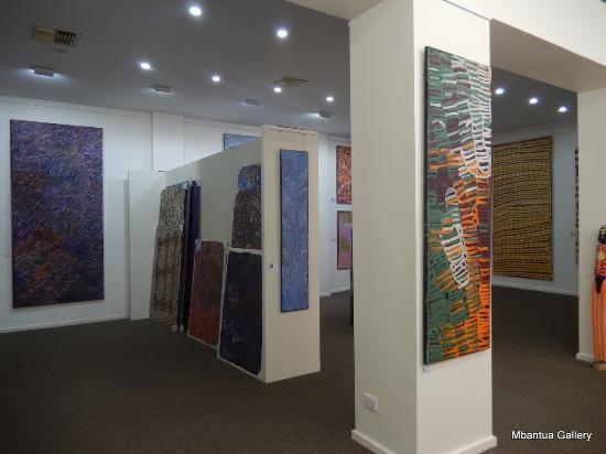 Mbantua Fine Art Gallery: Mbantua Paintings