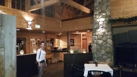 Sagle, ID: inside the restaurant