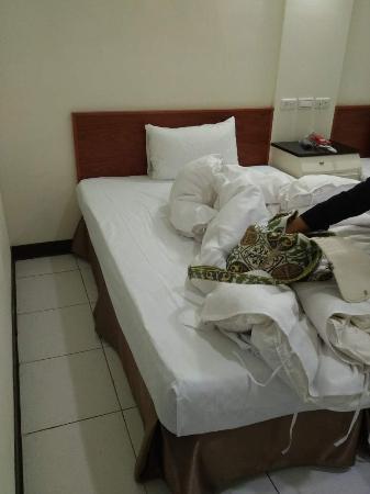 E Moon Hotel