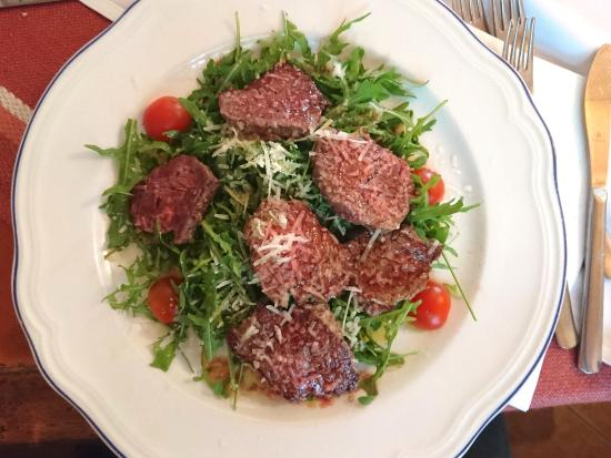 Medvode, Slovenia: Grilled loin steaks with ruccola and cherry tomatos
