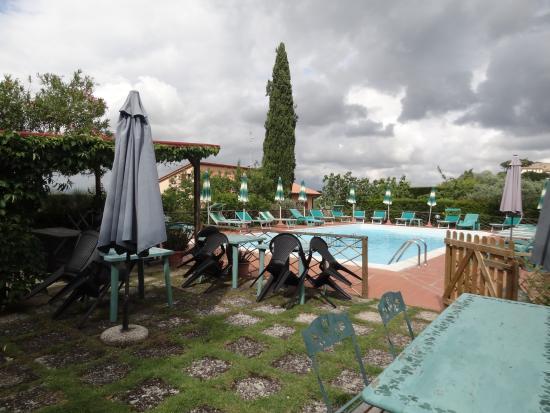Hotel Villa Belvedere: zona piscina