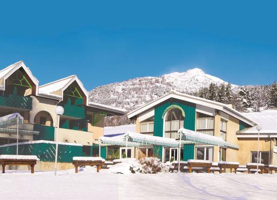 拉薩爾萊阿爾佩藍色俱樂部渡假飯店