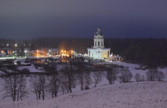 Shelkovo, Russland: Зимой гребневская церковьт