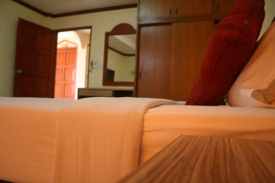 Priew Wan Guesthouse: Double bedroom