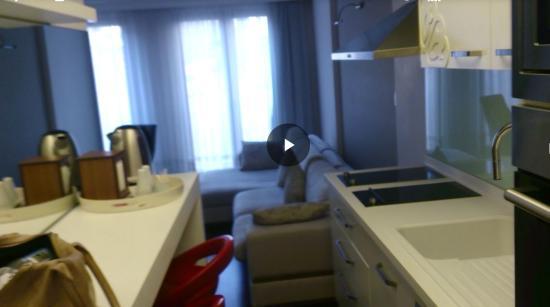 Ada Hotel Istanbul: Hall/kitchen