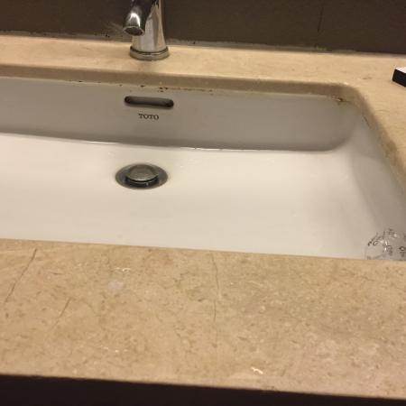 Hong Ha Hotel: Pictures of the bathroom
