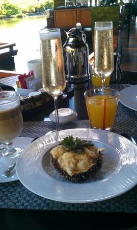 Origine Restaurant at Anahita Golf & Spa Resort Picture