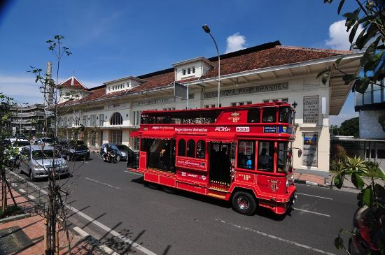 Bandung - Bandros City Tour Bus