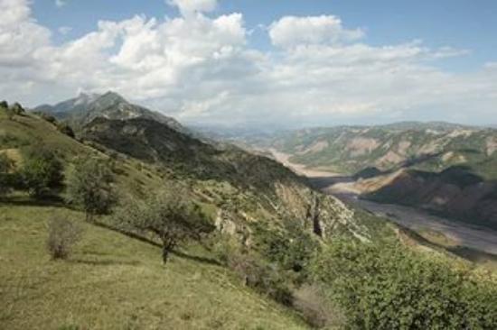 Kulob, Tajikistan: долина