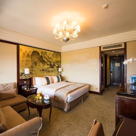 Shangri-La Hotel Guilin: 山景阳台客房