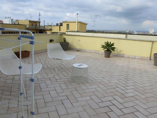 Crosti Apartments Hotel Rome: Balcony