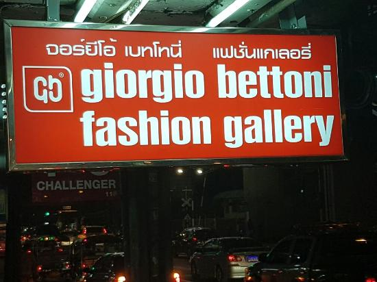 Giorgio Bettoni Fashion Gallery