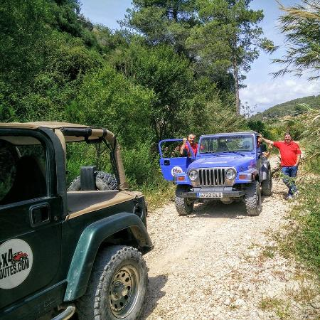 Jeep Safari 4X4-Routes - Day Tours