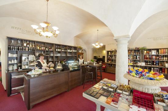Ernst Schmole Nachf. Weinhaus & Cafe