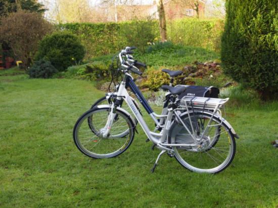 Wehe-Den Hoorn, Ολλανδία: E-bikes staan klaar