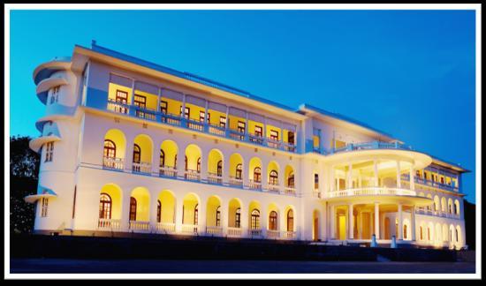 โรงแรมรอยัล ออร์คิด บรินดาวัน การ์เด้น