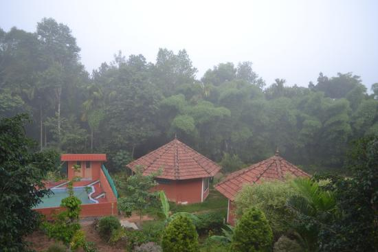 SunBird Garden Resort: View of the cottages