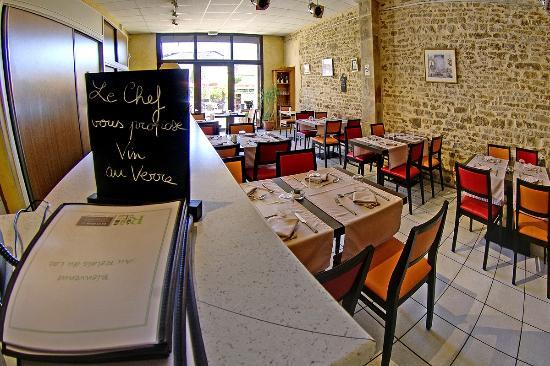 Hotel and Cafe Relais du Lac