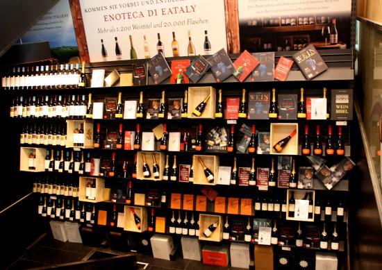 Schrannenhalle: erlesene Weine aus allen Regionen