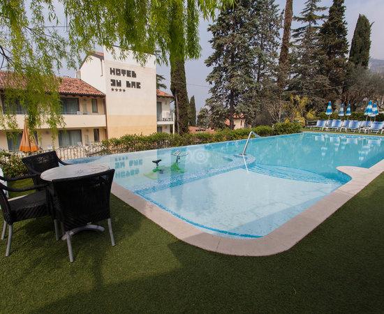 Hotel Vega Malcesine Reviews