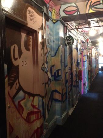 Carlton Arms: Hallway mural