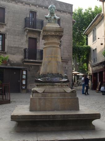 Buste de Cros Mayrevieille