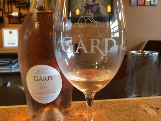 Gard Vintners Woodinville Wine Tasting Room