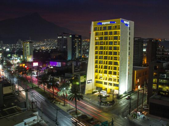 City Express Plus Monterrey San Jeronimo