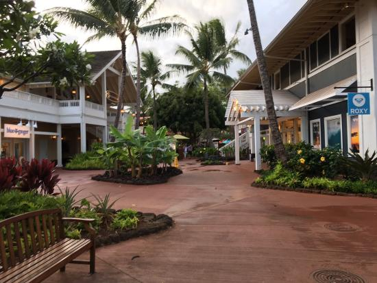 Poipu Shopping Village