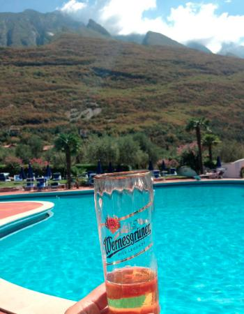 Club Hotel Olivi: Great beer and view from the pool