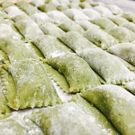 Vero Bistro Moderne : Spinach Ravioli