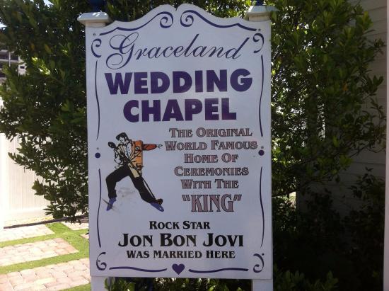 A Storybook Wedding Chapel : Graceland