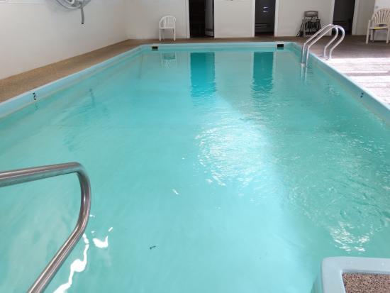 Chalet Motel: Pool