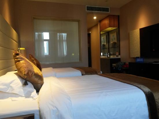 Ritan Hotel: Zimmer