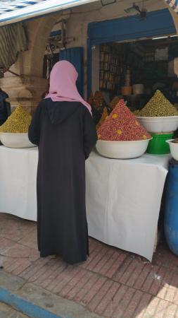 Rutas Marruecos: COMO LO COLOCAN PARA QUE NO SE CAIGA?