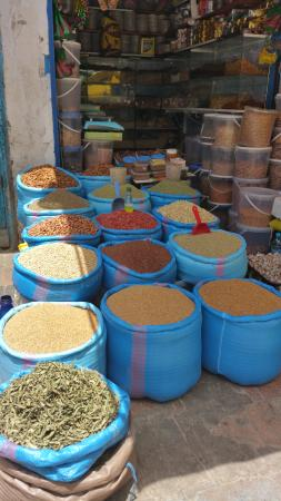 Rutas Marruecos: APETECE CONPRAR DE TODO ESSAOUIRA