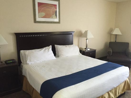 Holiday Inn Express Carneys Point