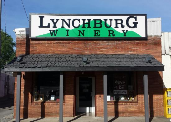 Lynchburg, TN: Welcome to the winery!