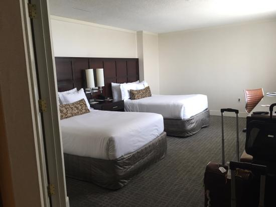 Washington Court Hotel on Capitol Hill: Our room