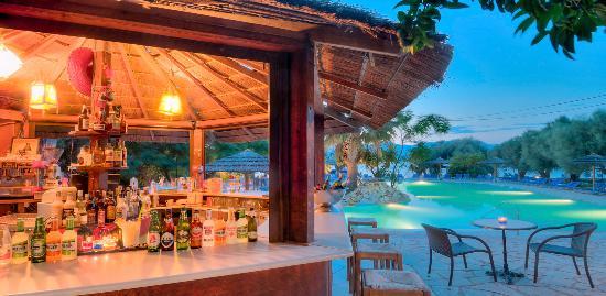 Psathopyrgos, Griechenland: Pool Bar