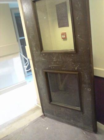 Premier Inn Glasgow (Cumbernauld) Hotel: hallway