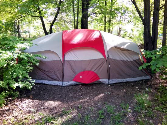 Township of Whitewater Region, Canada: Camping in the woods