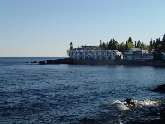 Bluefin Bay on Lake Superior: Afternoon by the lake