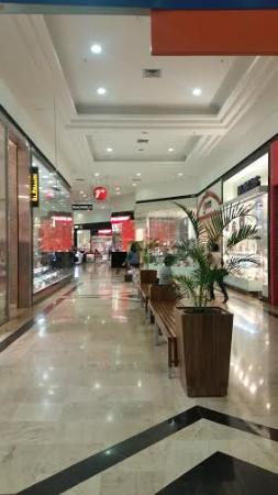 Patio Brasil Shopping: Área interna