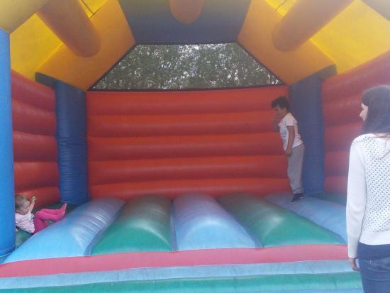 Etwall, UK: Big bouncy castle
