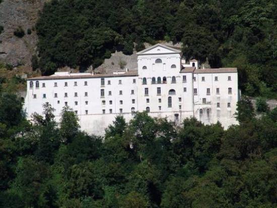 Монтеккьо-Баньи, Италия: Abazia San Michele