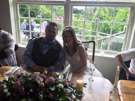 The Bridge Inn: Husband and wife