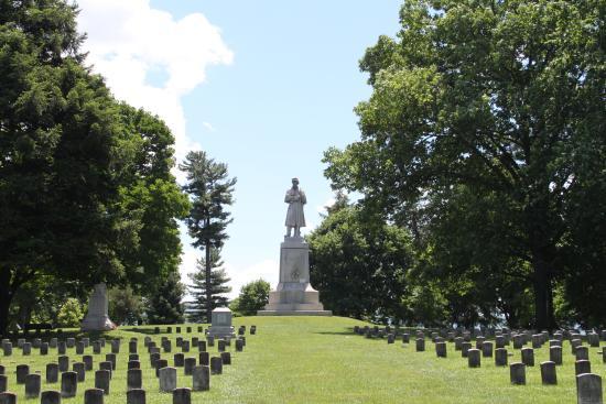 Militairy Cemetery in Sharpsburg