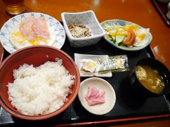 Fuji Sakae: 朝食
