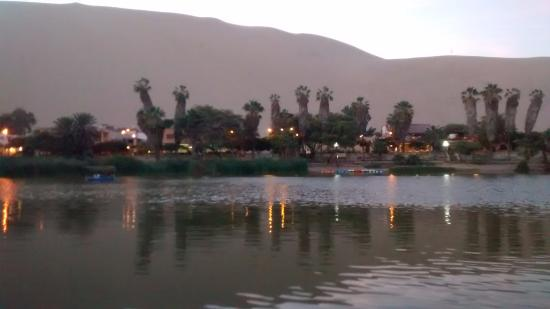 Laguna de Huacachina